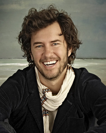 Photo of Blake Mycoskie