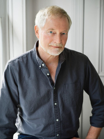Photo of Erik Larson