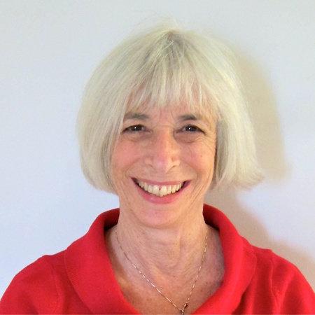 Photo of Elizabeth Levy