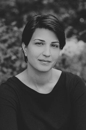 Photo of Nazanine Hozar