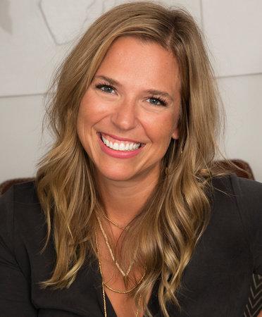 Photo of Jessica Honegger