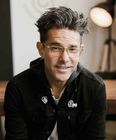 Photo of Justin McRoberts