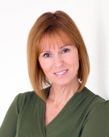 Photo of Lori Roy