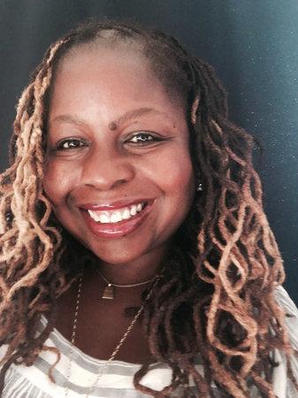 Photo of Veronica Chambers
