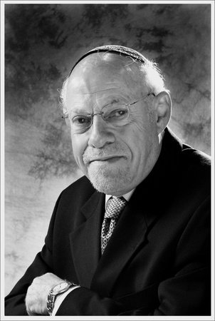 Photo of Abner Weiss
