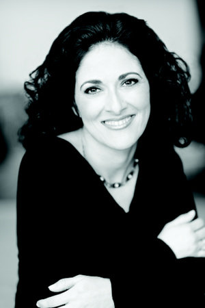 Photo of Homa Sabet Tavangar